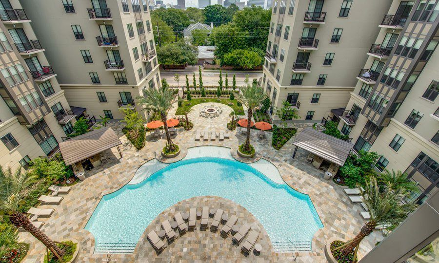 Galleria Apartments | 1900 Yorktown Houston Galleria Apartments - Pool Top View