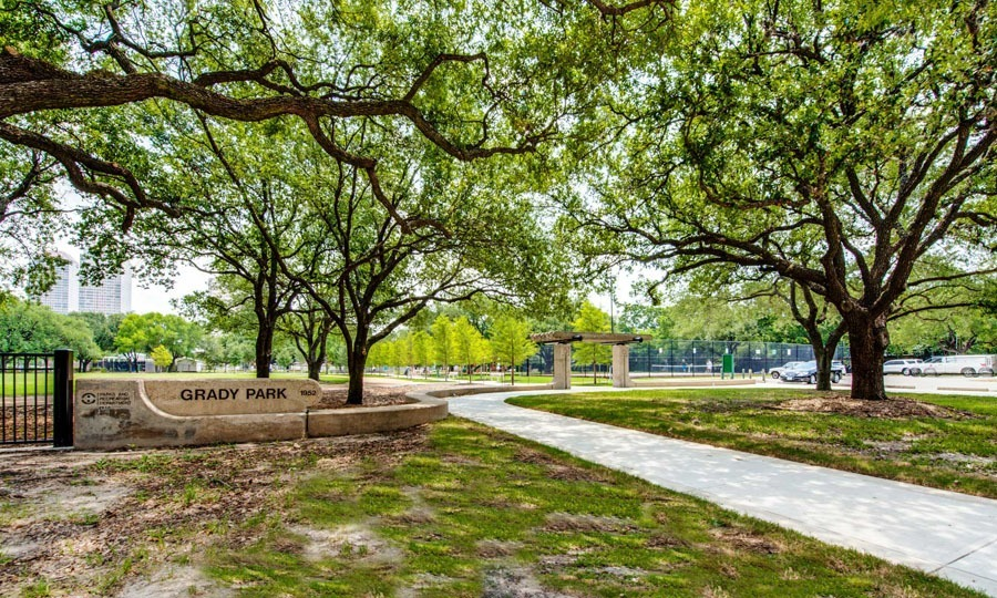 Galleria Apartments | 1900 Yorktown Houston Galleria Apartments - Grady Park